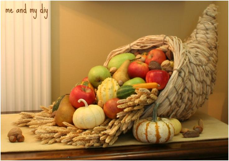 10 Cornucopia Centerpiece DIY Ideas For Thanksgiving