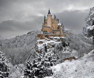 TOP 10 Fairytale Castles in Europe