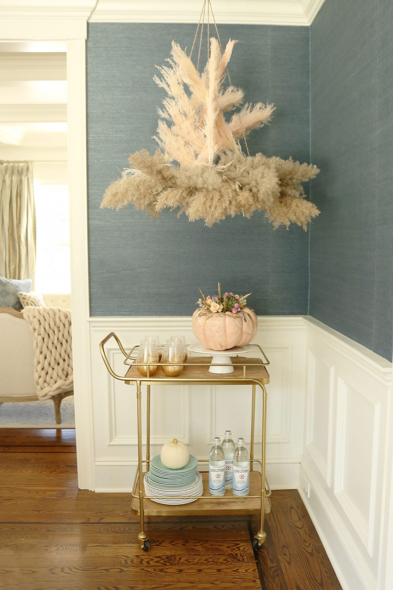 dried-pampas-flower-chandelier-1-scaled-1