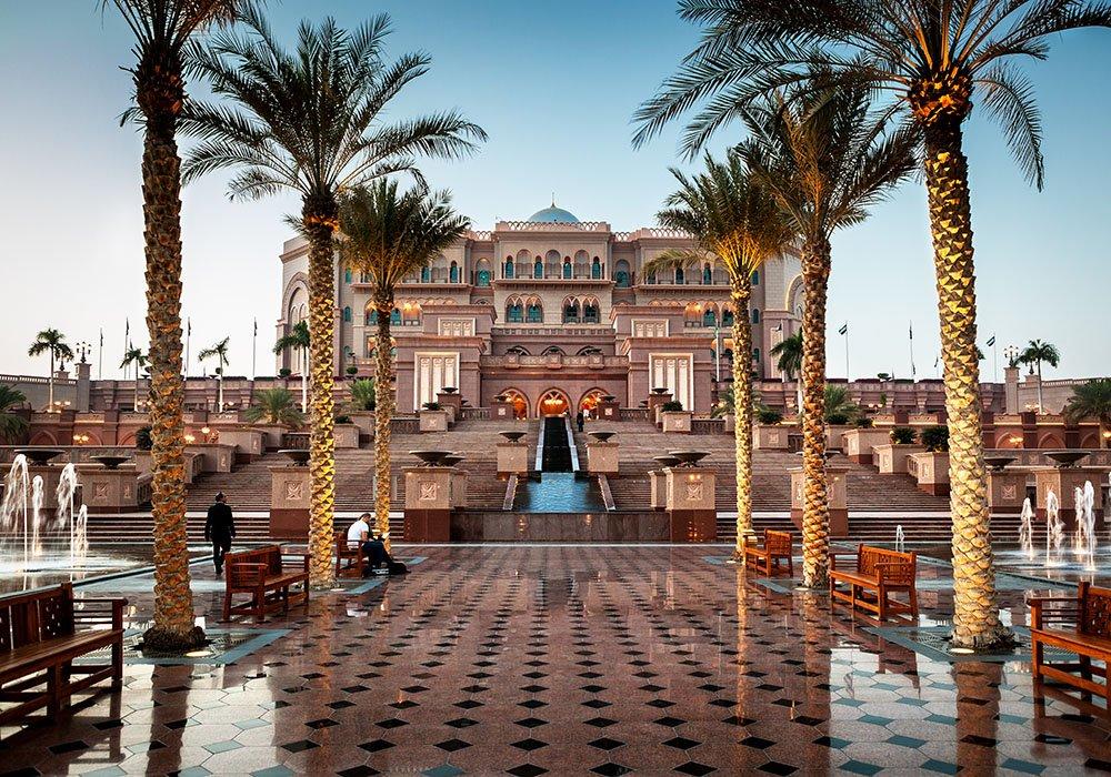 emirates-palace-luxurious-hotels