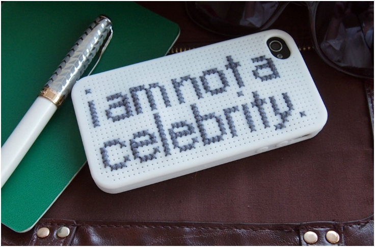 how-to-cross-stitch-a-phone-cover