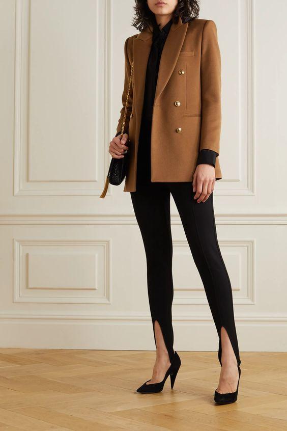 leggings-with-classic-blazer-