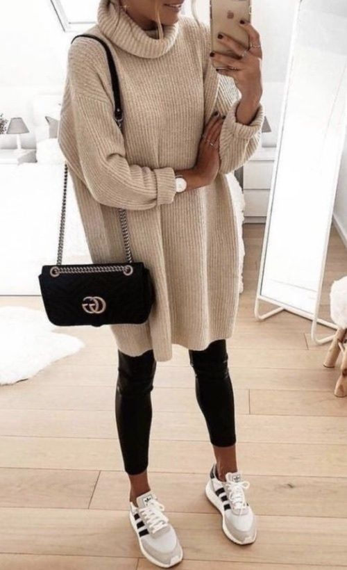 leggings-with-oversized-sweater-tunic-
