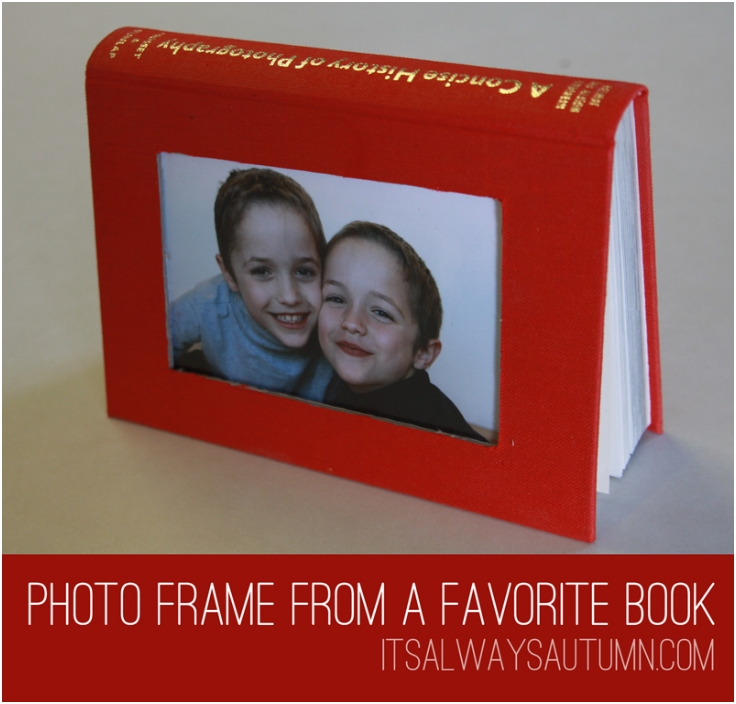 make-a-photo-frame-from-a-favorite-book
