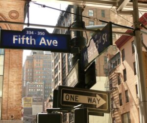 Top 10 Shopping Spots On The 5th Avenue