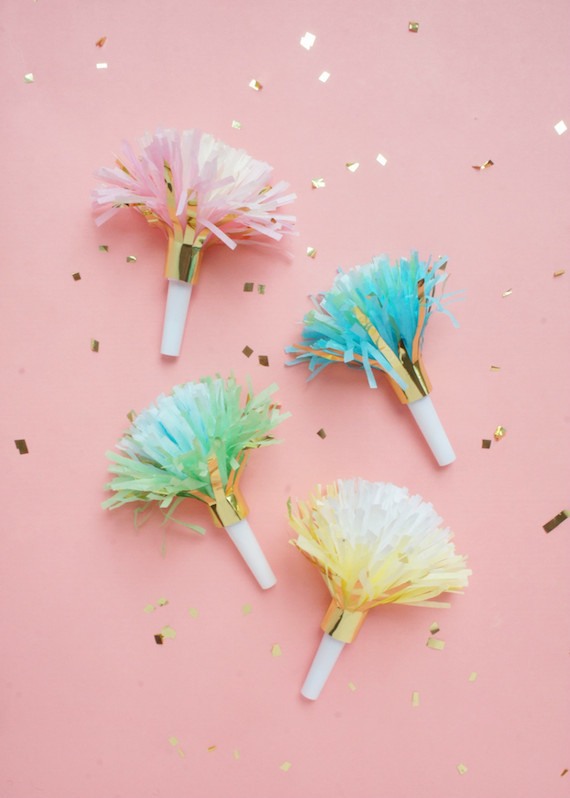 1-Marabou-Design-Party-Horn-STYLED-B3