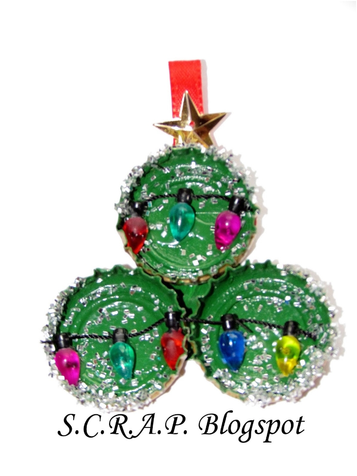 Bottle-Cap-Christmas-Tree-Christmas-Tree-Ornament