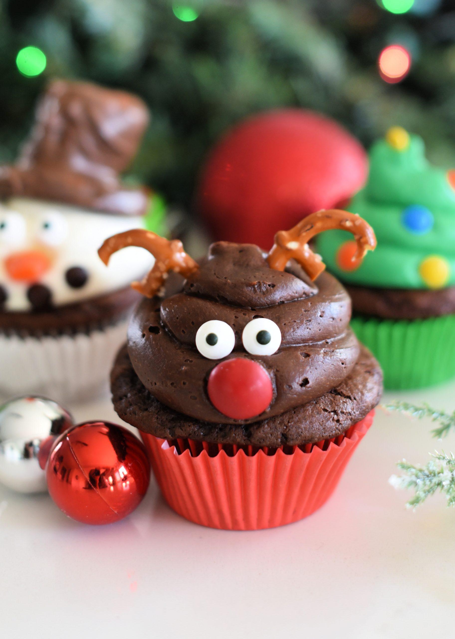 Christmas-Reindeer-Cupcakes-scaled-1