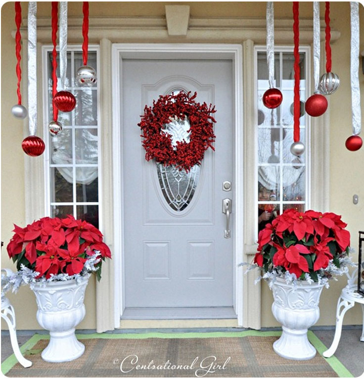 top 10 inspirational christmas front porch decorations top inspired. Black Bedroom Furniture Sets. Home Design Ideas