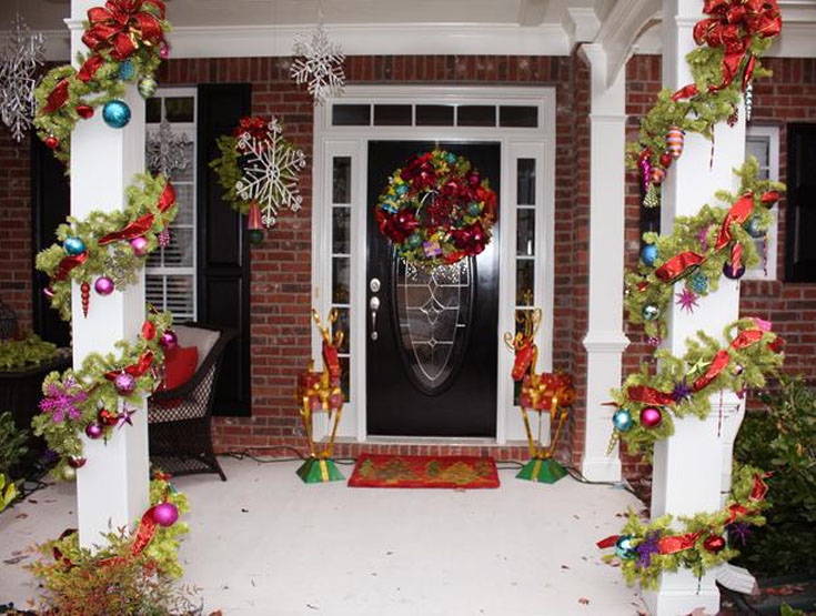 Top 10 inspirational christmas front porch decorations for Easy front porch christmas decorations