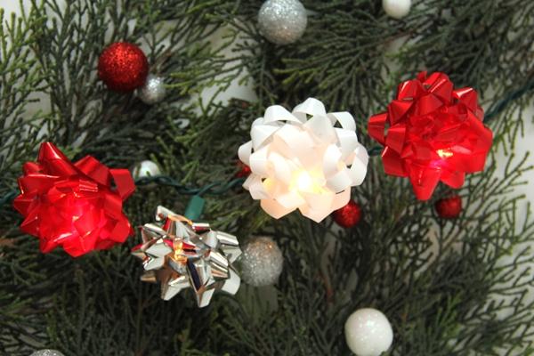 DIY-Christmas-Bow-String-Lights-1