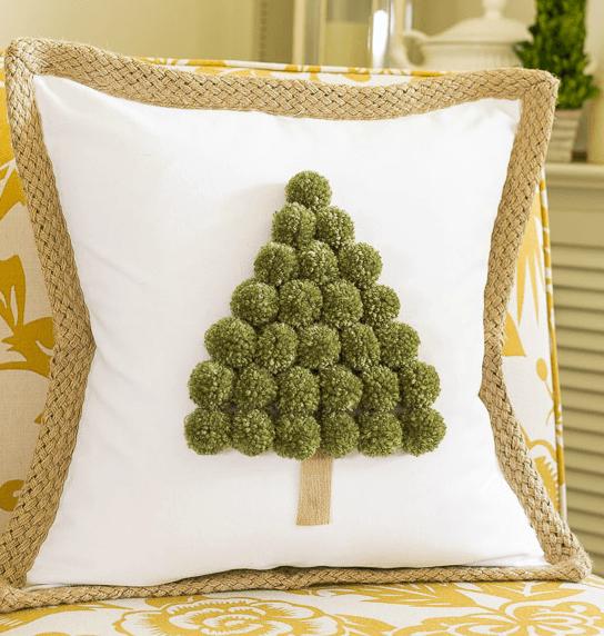 DIY-Christmas-Pillows4