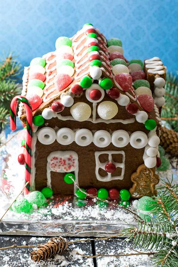 DIY-Gingerbread-House-3
