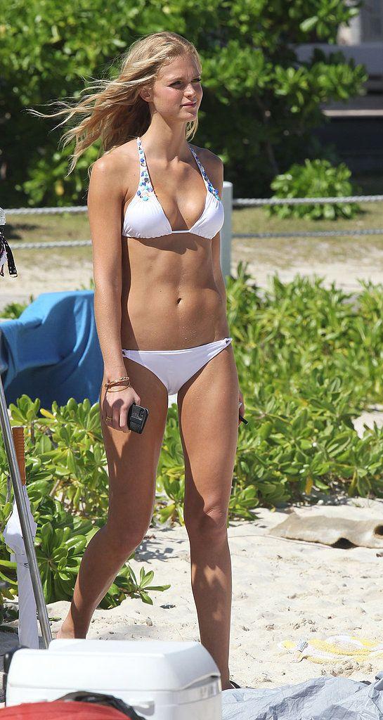 Erin-Heatherton-in-bikini-