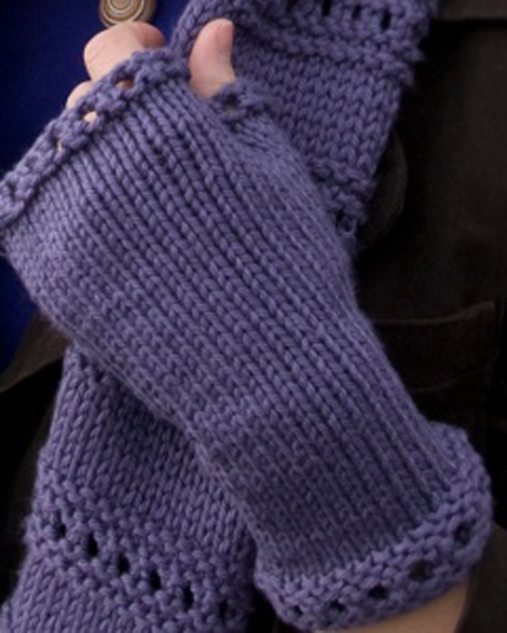Knitting Pattern Easy Fingerless Gloves : Wrist Warmers - Knitting and Crochet Patterns on Pinterest ...