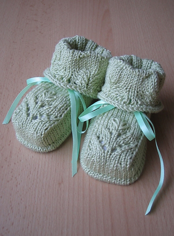 Free Knit Baby Bootie Pattern Easy : easy mary jane baby booties knitting pattern MEMES