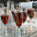 Top 10 DIY Decorative Wine Glasses | Top Inspired