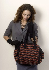 Gorgeous-Free-Crochet-Patterns-Handbags_02