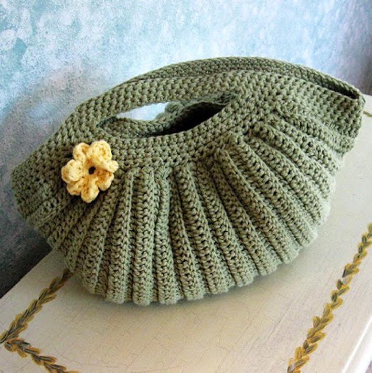 Gorgeous-Free-Crochet-Patterns-Handbags_10