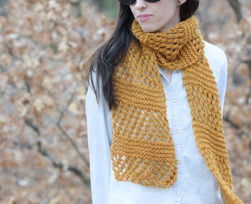 Honeycomb-Summer-Knit-Scarf-Pattern-1-1024x835-1