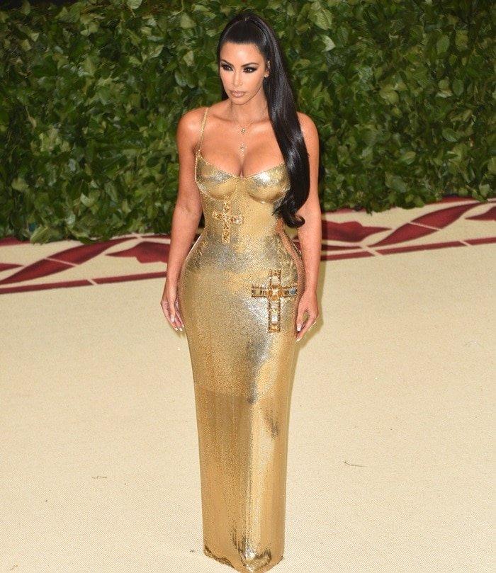 Kim-Kardashian-Goes-for-Gold-MET-Gala