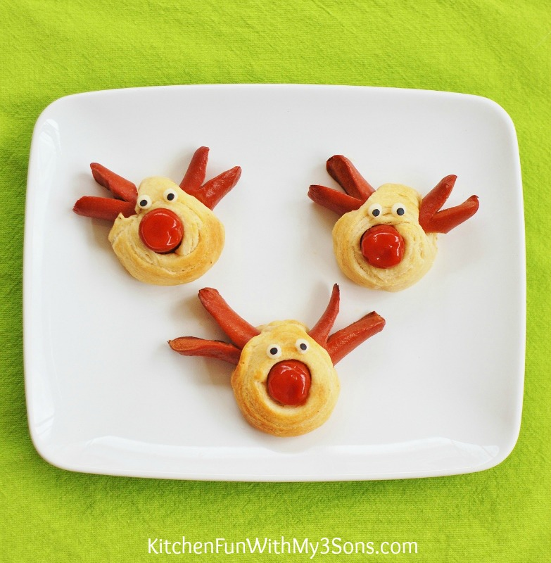 Rudolph-the-Red-Nose-Reindeer-Hot-Dog-for-Christmas