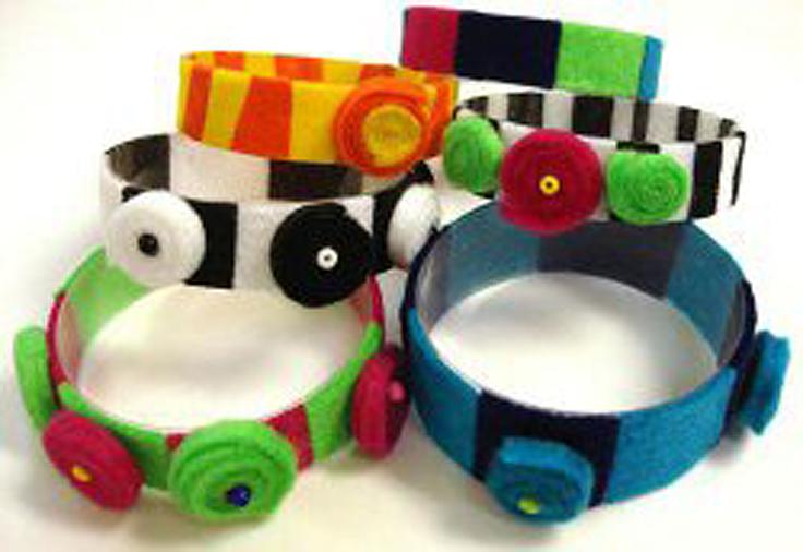Upcycled-Plastic-Jewelry_10