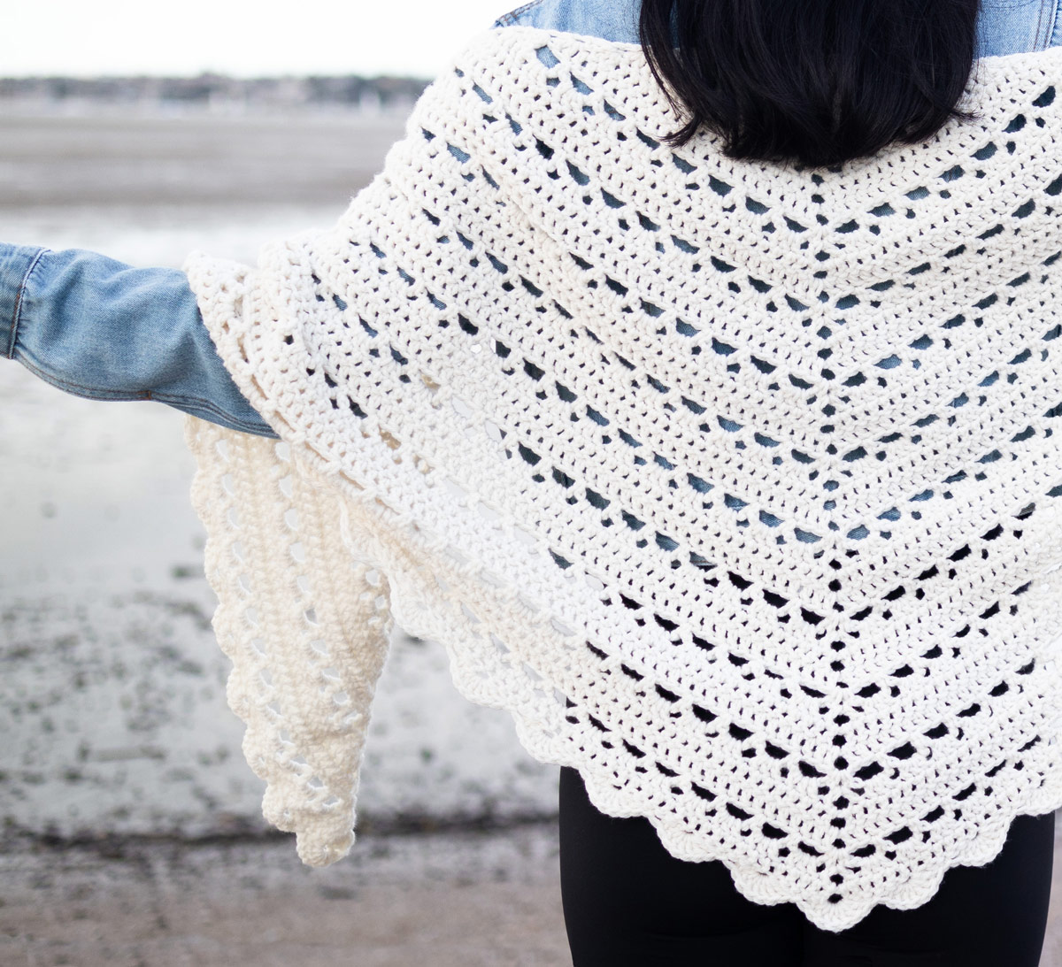 beginner-crochet-wrap-free-pattern-video-tutorial-1