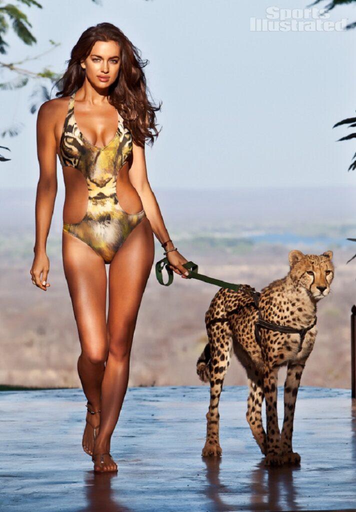 Top 25 Best Celebrity Bikini Bodies - Top Inspired