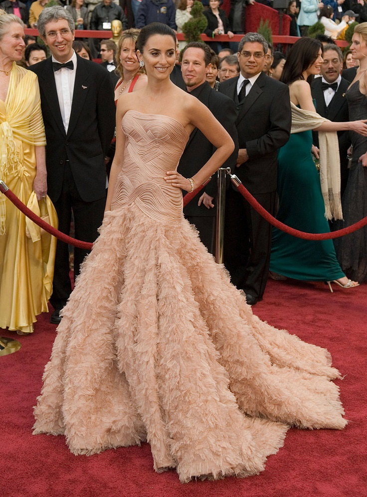 best-oscar-dresses-of-all-time_05