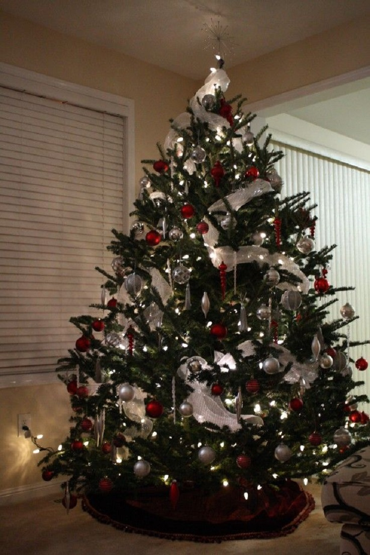 top 10 inventive christmas tree themes - top inspired