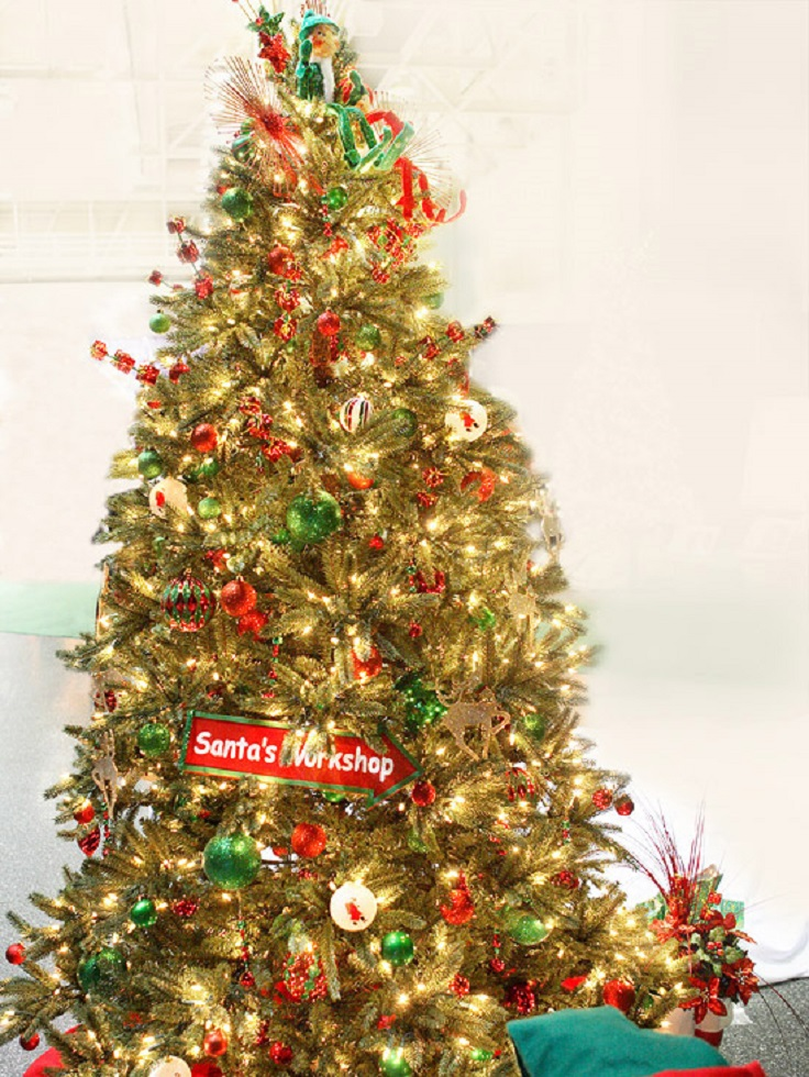 Top 10 inventive christmas tree themes top inspired for A common decoration for the top of the tree
