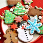 cute-gingerbread-dessert-christmas_03-150x150