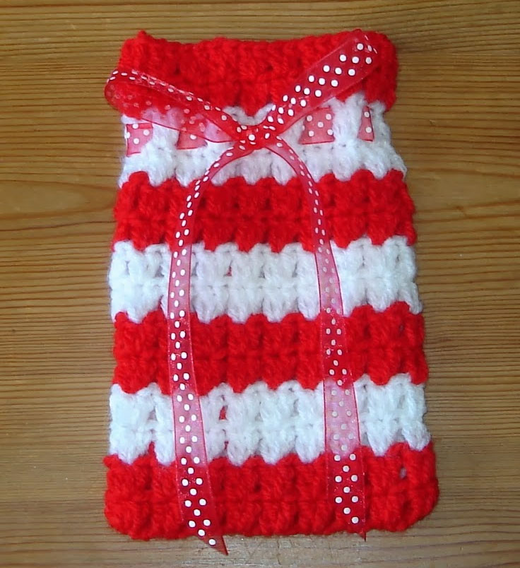 Free Crochet Patterns For Christmas Gift Bags : Top 10 DIY Christmas Gift Bags - Top Inspired