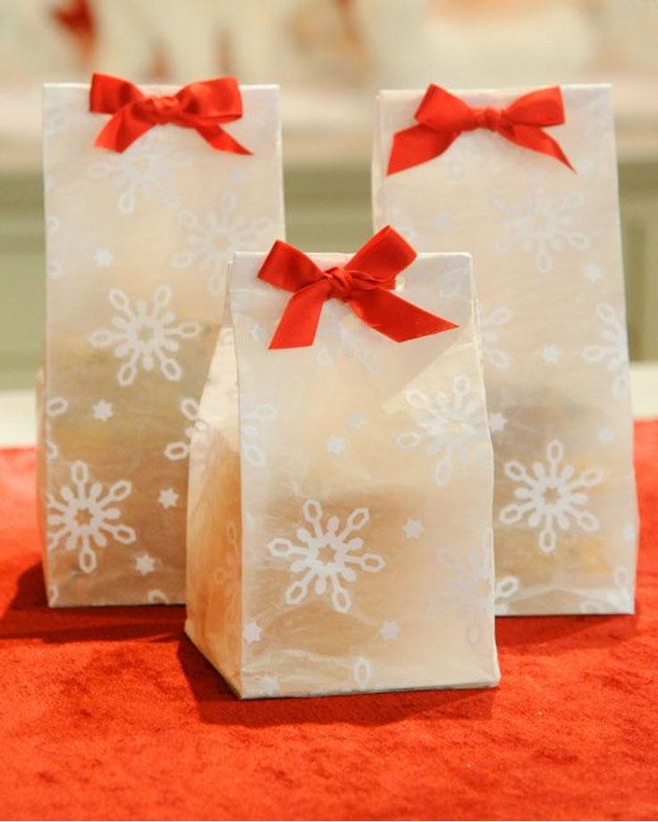 Christmas Gift Bags Part - 47: Top 10 DIY Christmas Gift Bags
