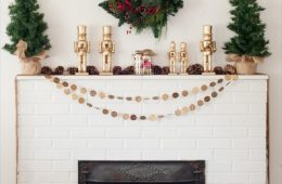 Top 10 Glowing DIY Christmas Mantels | Top Inspired