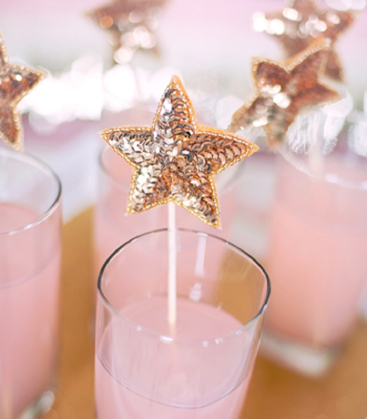 Top 10 Glittering DIY New Year's Eve Party Decorations