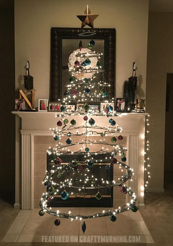 floating-christmas-tree-cardboard-tutorial