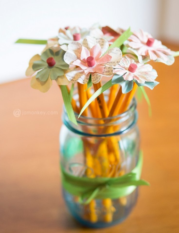 interesting-pencil-toppers-you-can-make-yourself_04