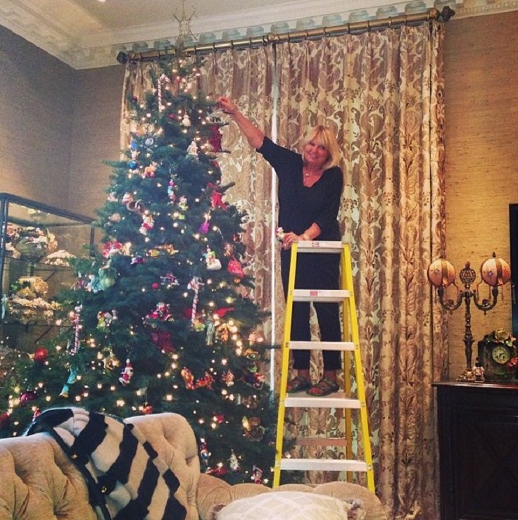 most-adorable-celebrity-christmas-trees_06