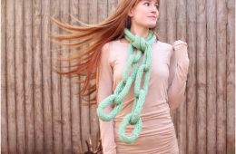 Top 10 Fun And Unusual DIY Scarfs (Free Kniting and Crocheting Patterns) | Top Inspired