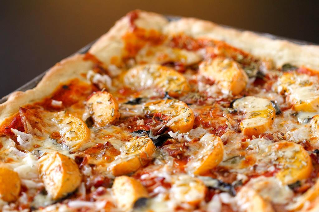 peach-pizza-