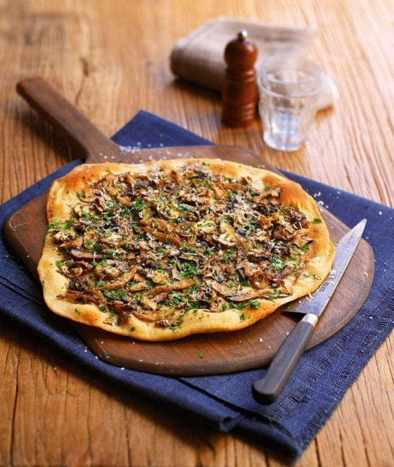 truffle-mushroom-pizza-