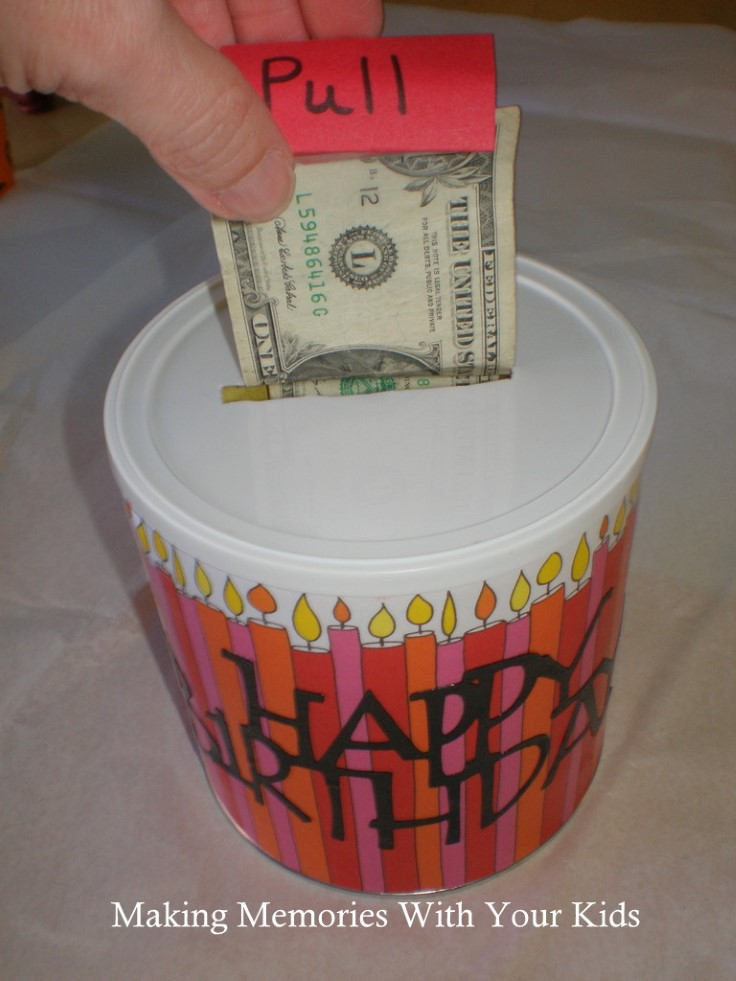 Top 10 Creative Ideas to Give Money as a Gift