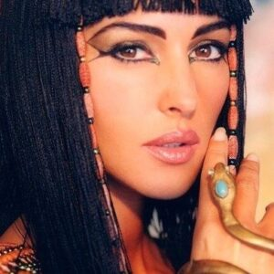 Top 10 Cleopatra Beauty Secrets   Top Inspired