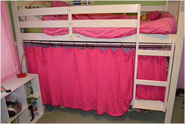 Bottom-Bunk-Fort
