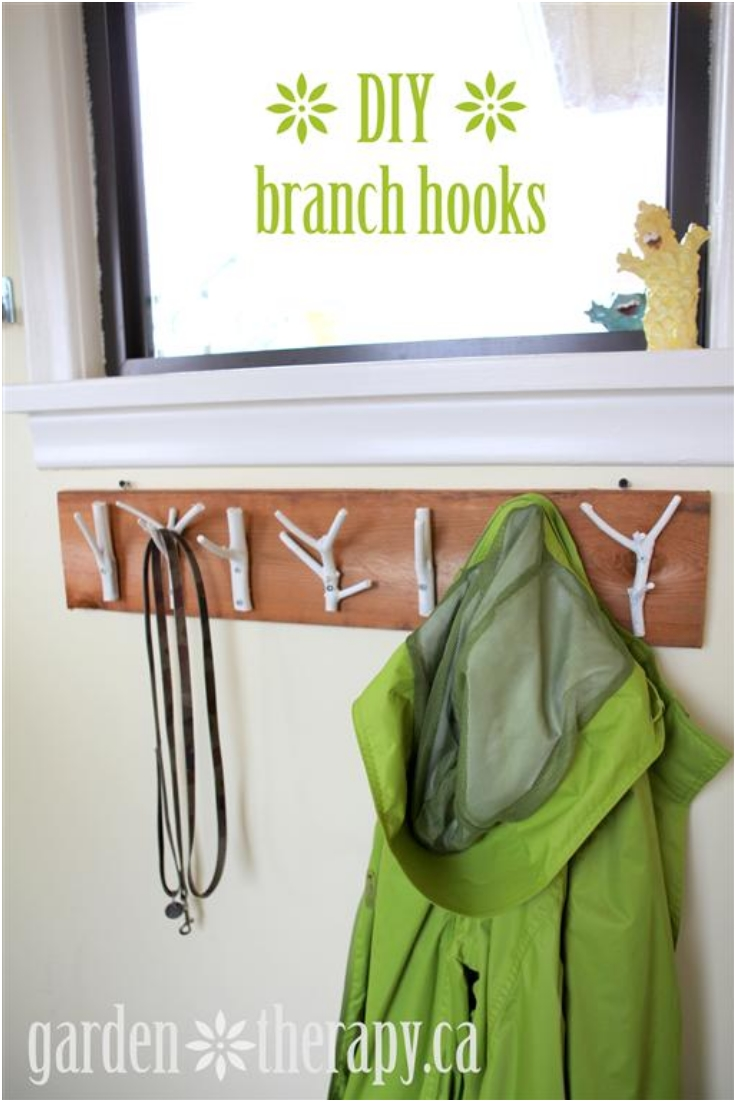 Top 10 Interesting DIY Wall Hooks