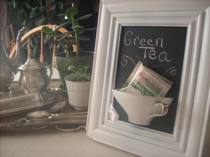 Broken-tea-cup