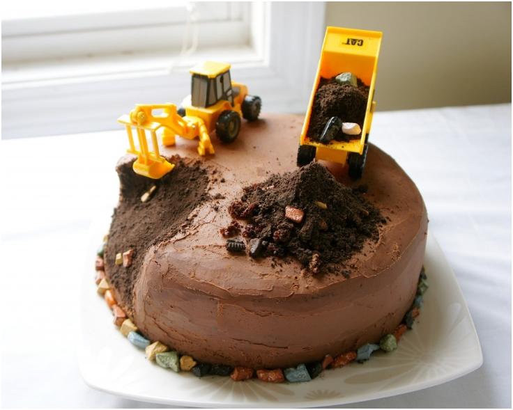Construction-Truck-Birthday-Cake