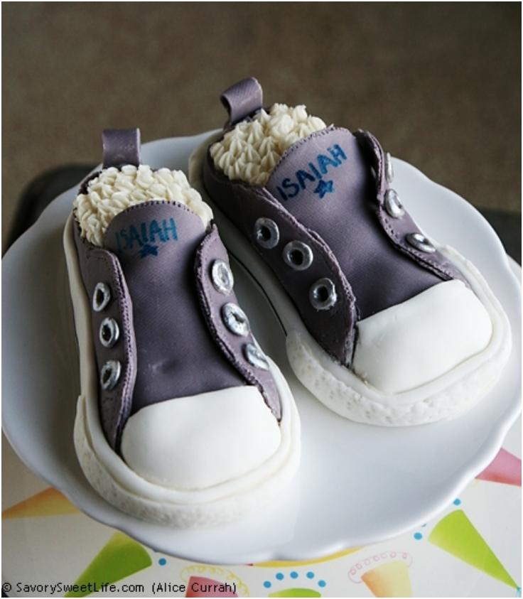 Converse-Sneakers-Cake